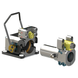 Destaco Manual Tool Changers, in cooporation with Automation Adapters and Press Nest Stands, allow you to quickly switch between various end effector tooling in seconds with the pull of a handle.