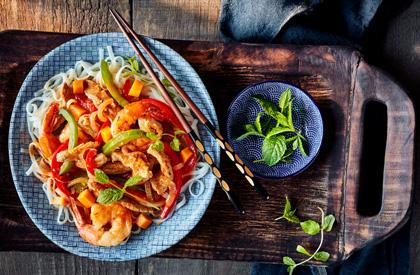 Photo de la recette de Sauté de porc et crevettes au cari