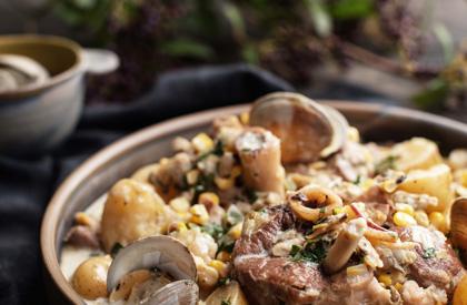 Photo de la recette de Osso buco de porc à la mijoteuse de style chaudrée de palourdes