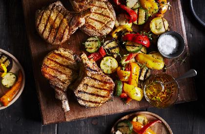 Photo de la recette de Côtelettes de porc et légumes à la provençale