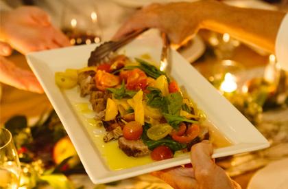 Photo de la recette de Filet de porc aux courgettes, tomates et basilic