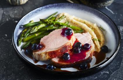 Photo de la recette de Longe de porc sauce aux bleuets du Québec