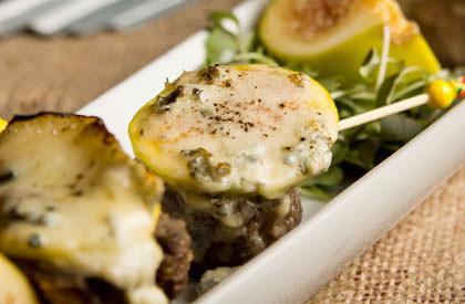 Photo de la recette de Médaillons de langue de porc, poêlés au fromage bleu et aux figues