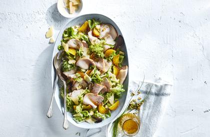 Photo de la recette de Salade tiède de betteraves jaunes et longe de porc