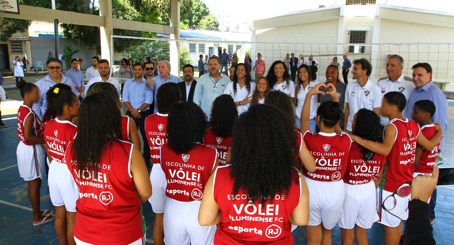 Fluminense inaugura núcleo de escola de vôlei no DEGASE — Fluminense  Football Club 9c5f83cf1a9eb