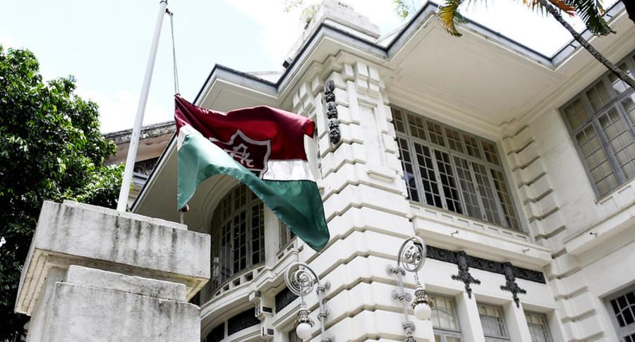 Bandeira meio mastro banner