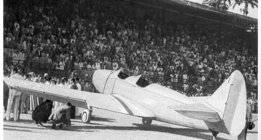O monomotor fairchild pt 19  doado pelo fluminense banner