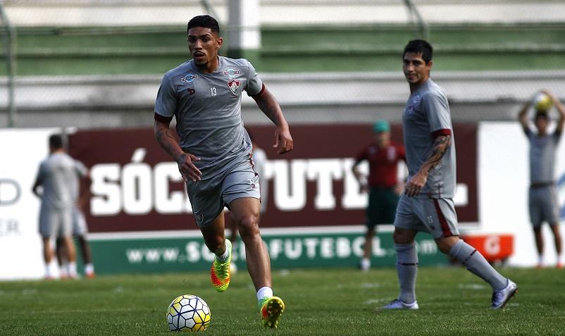 Fluminense: Douglas evita lamentar derrota e foca no clássico diante do Flamengo
