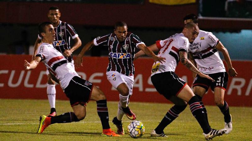 Fluminense perde para o São Paulo por 2 a 1 em Edson Passos