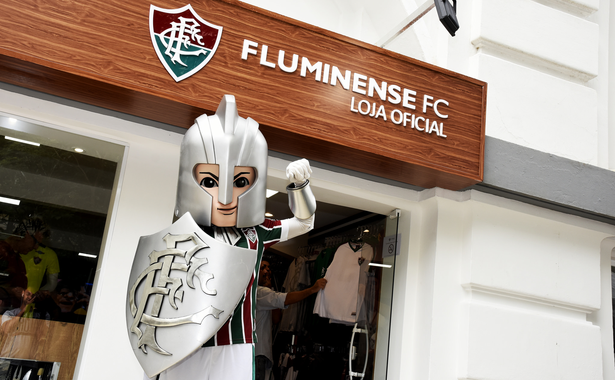 a1229a5e121b9 Os tricolores querem vestir Fluminense. E agora existe ainda mais  possibilidades de fazer isso no dia a dia - disse o presidente Pedro Abad.
