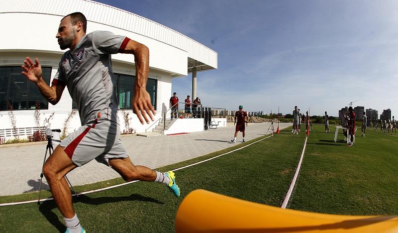 Fluminense: Após período fora, Cavalieri inicia a temporada 'zerado e 100%'
