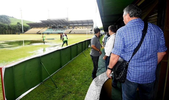 Técnico Abel Braga elogia atitude de jogadores do Fluminense