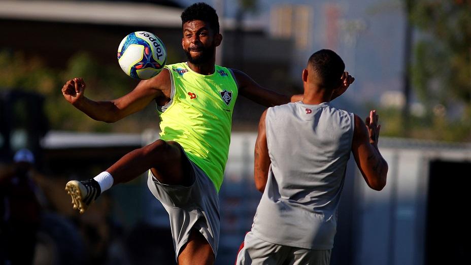 Contra o Goiás, Renato Chaves quer Flu atento e marcando gols