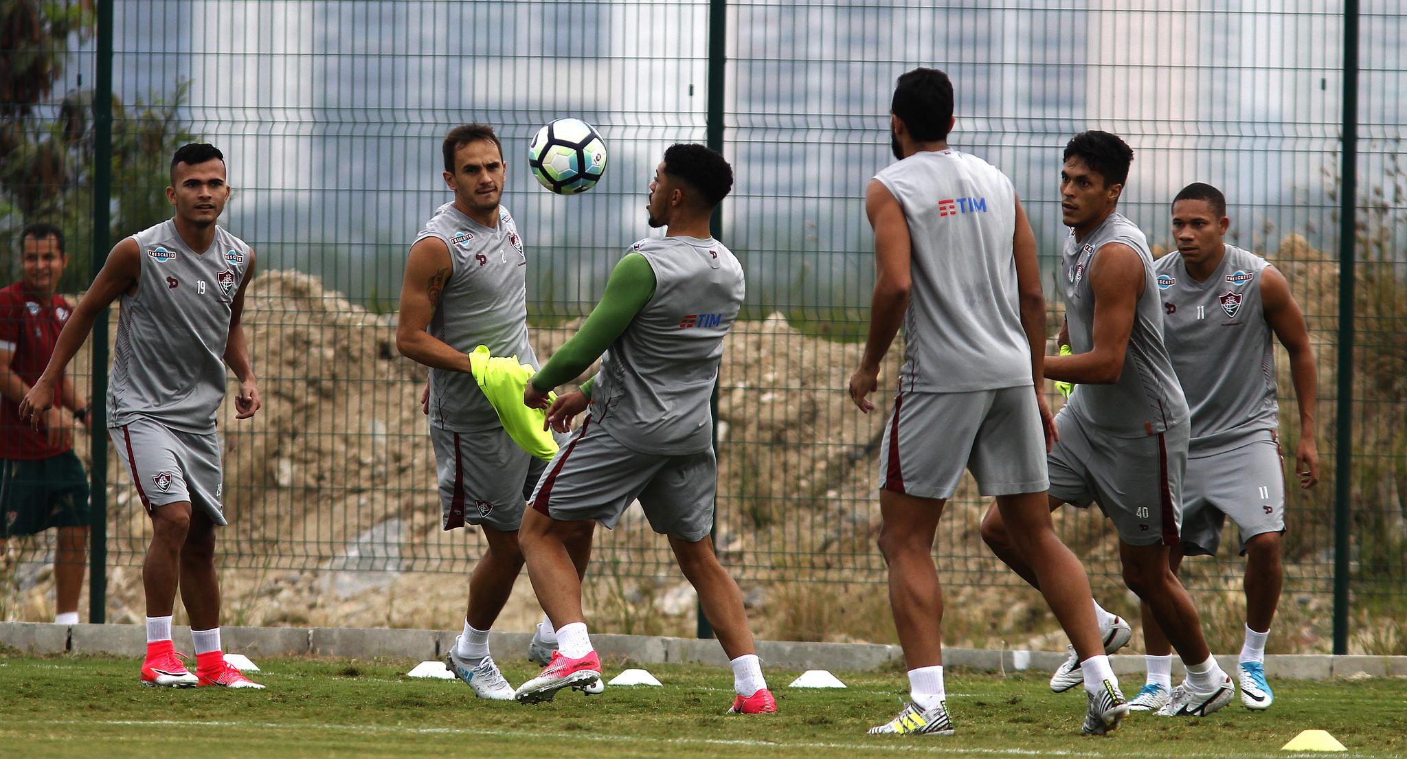 Fluminense aprimora parte técnica antes de receber o Grêmio no Maraca