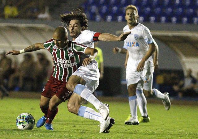 Fluminense perde e está fora da Copa da Primeira Liga