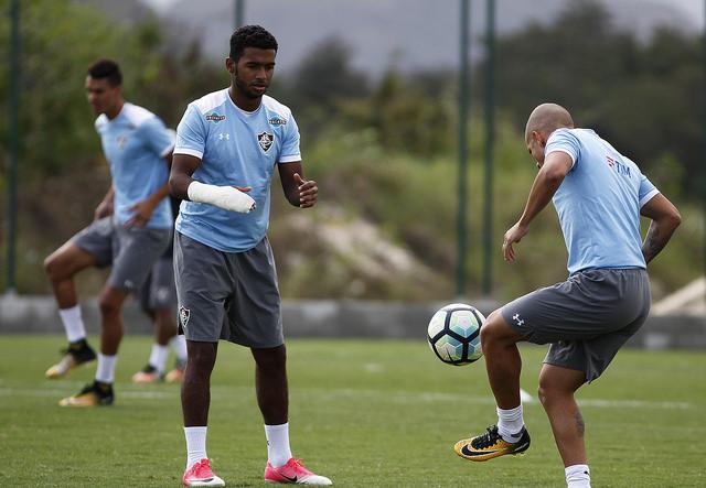 Fluminense volta ao trabalho no CTPA