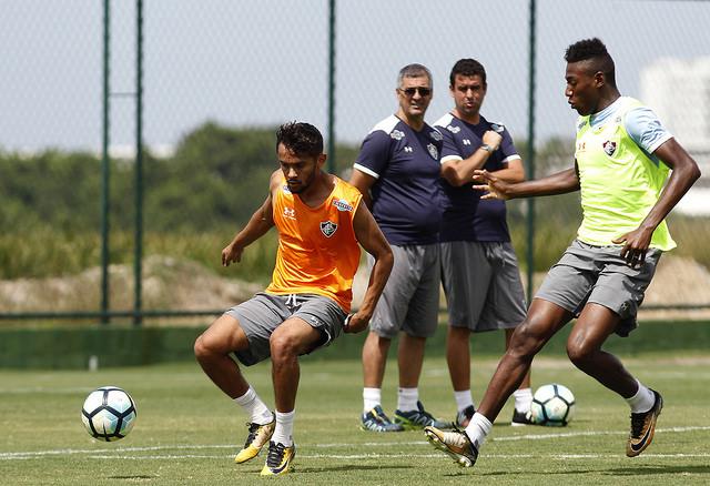 Elenco Tricolor treina forte de olho na partida contra o Coritiba