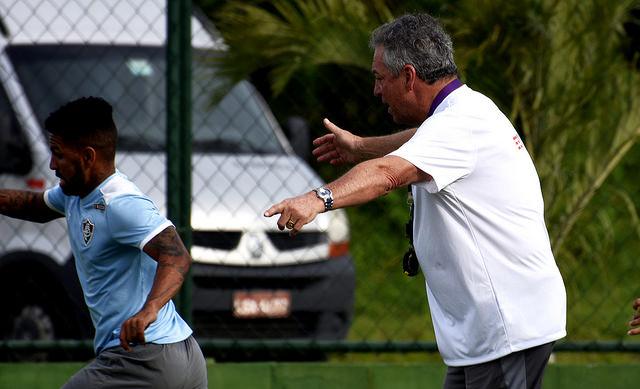 Fluminense: Abel retorna dos EUA e comanda treino no CT da Barra