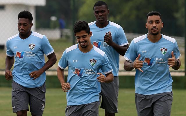 Fluminense: Elenco faz trabalho para manter a boa forma