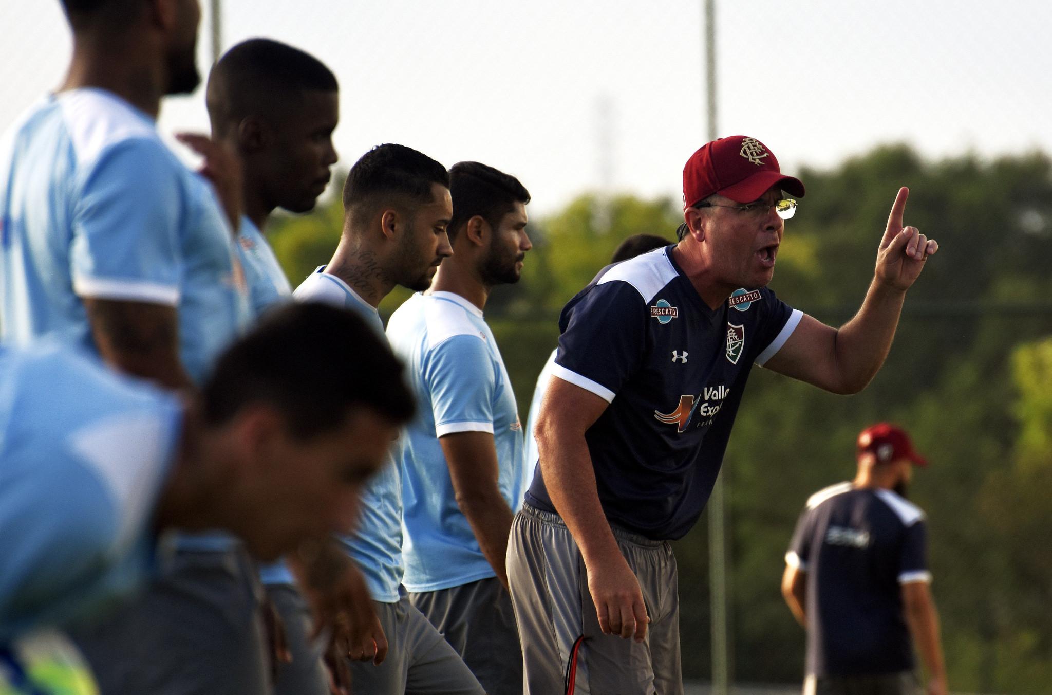 Fluminense chega de Salvador e se prepara para desafio em Potosí