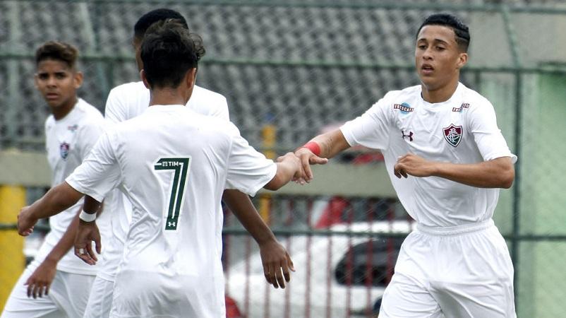 Sub-15 vence Bangu e se classifica na Copa da Amizade Brasil-Japão —  Fluminense Football Club 76c1cf93af3d4