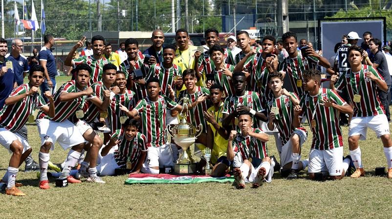 Sub-15 vence o Botafogo e é campeão da Copa da Amizade Brasil-Japão —  Fluminense Football Club b5ce0dd72b9de