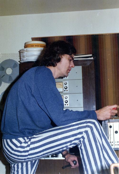 moe, 1976