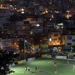 Football pitch powered by the players