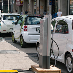 New electric vehicle registration in Europe increased by 2/3 last year