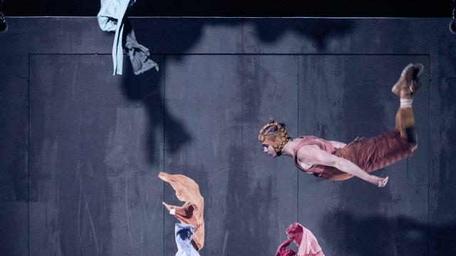 Cirkus Cirkör: Limits, Physical Theater