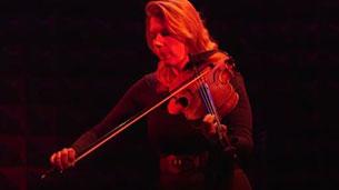 Jessica Meyer, Performance