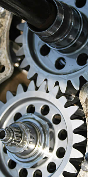 A close inspection reveals the broken tooth on one of the drop gears inside the transaxle that could lead to serious problems if not replaced.