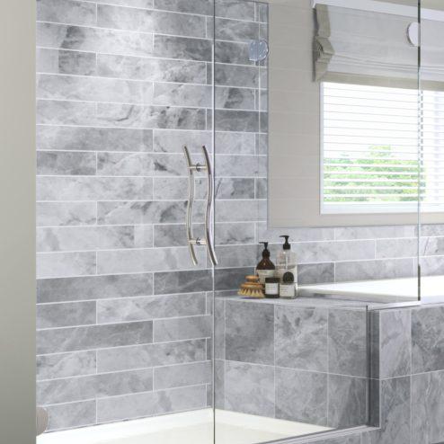 Vonse Frameless 3/8-inch Glass Swing Door, Inline Panel, & Return Panel Shower Door