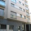 Nova construcció d'edifici plurifamiliar entre mitgeres destinat a 12 habitatges i 2 plantes soterrades al carrer modern d'Hospitalet de Llobregat