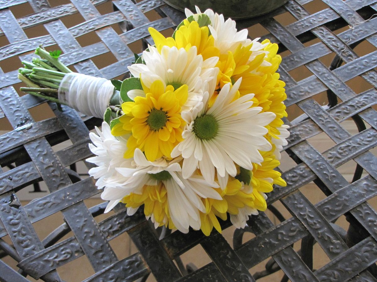 The traditional meanings of flowers that you may not know by bride image daisy bridesmaid bouquet izmirmasajfo Image collections