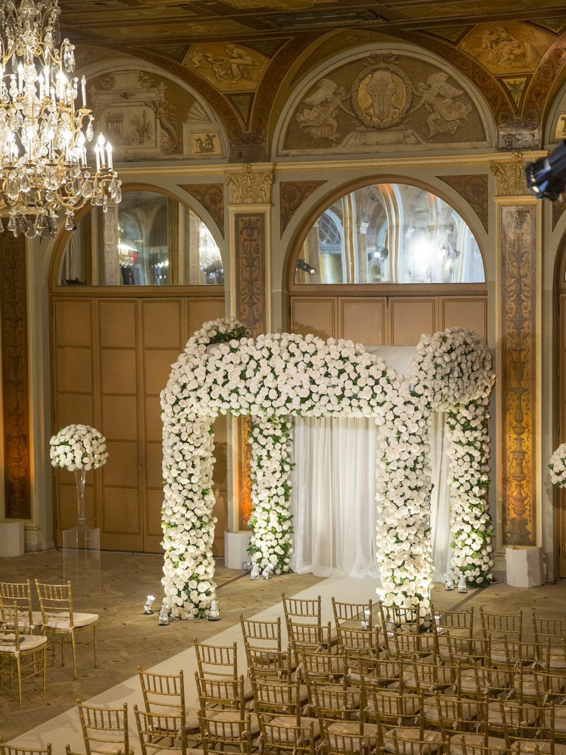 Chuppahs & Floral Arches | Wedding Gallery and Inspiration by Bride ...