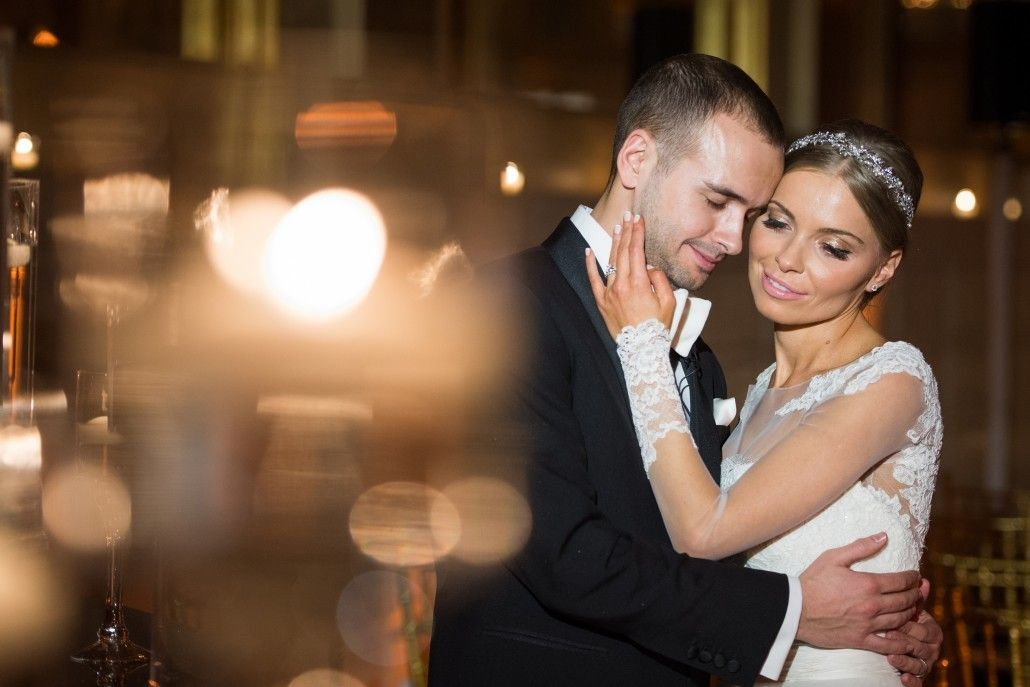 Marianna & Jason - The Plaza Hotel - by Fred Marcus