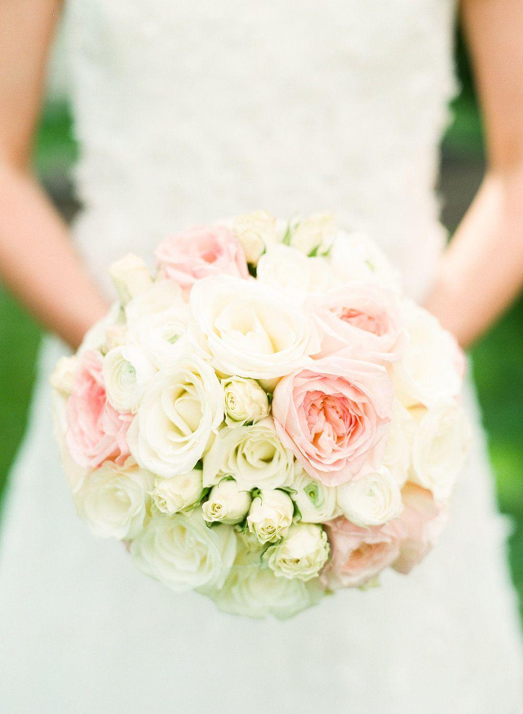 Lauren&Ashley-Wedding-LindsayMaddenPhotographyVII-72 - Village Club of Sands Poin (13)