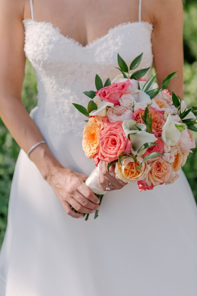 Bridal Bouquet / Kate & Alex / Battery Gardens / Susan Shek Photography