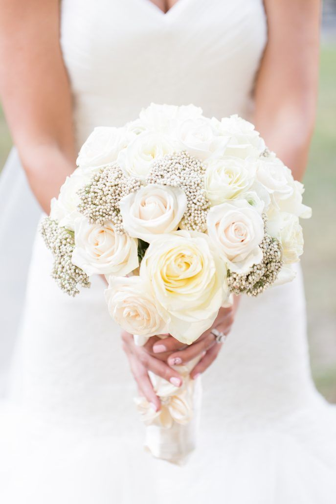 Bridal Bouquet / Lindsay & Billy / Essex House / Charlie Juliet Photography