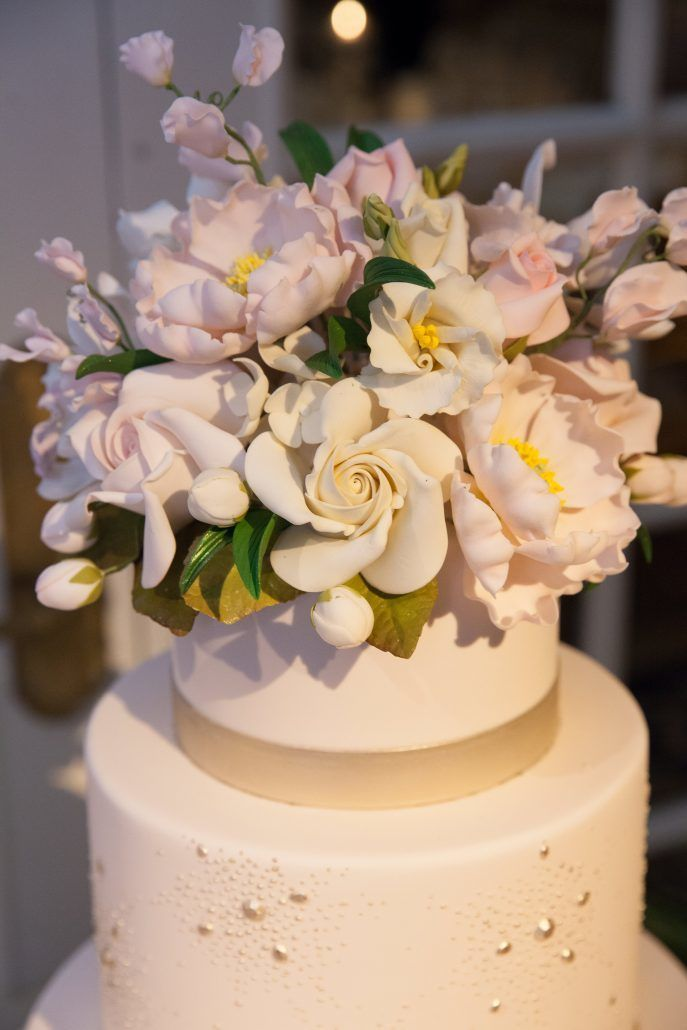 Cake by Ron Ben-Israel / Amanda & Thomas / JWM Essex House / Kelly Guenther Photography