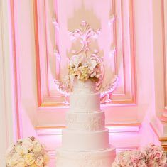 Cake by Ron Ben-Israel / Lindsay & Billy / JWM Essex House / Charlie Juliet Photography