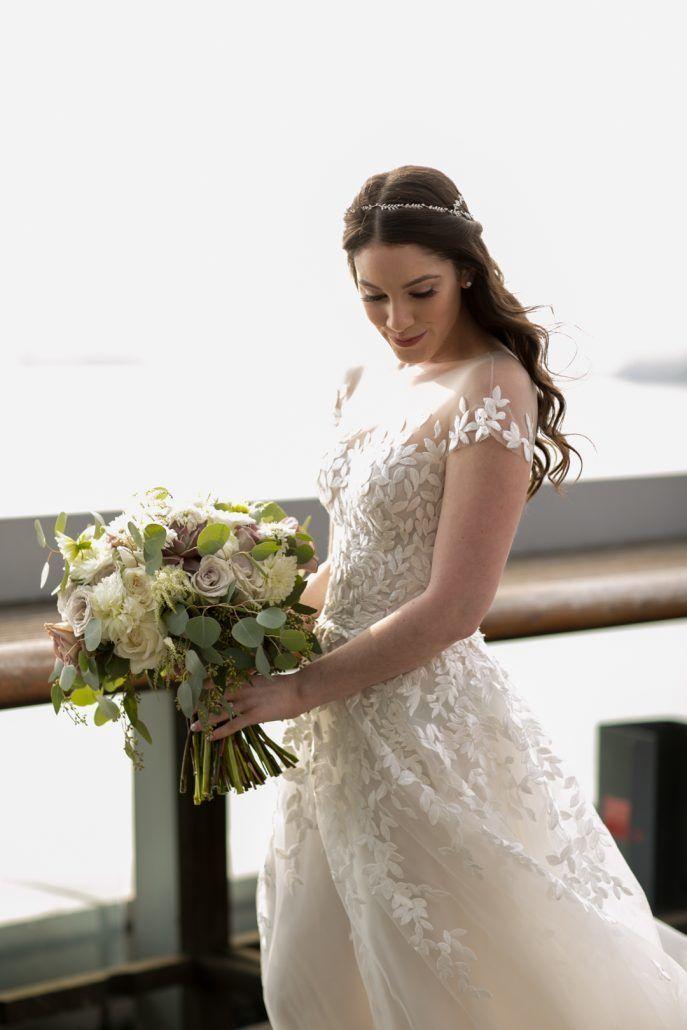 Bridal Bouquet / Jenna & Matthew / Jewish Heritage Museum / Cody Raisig Photography
