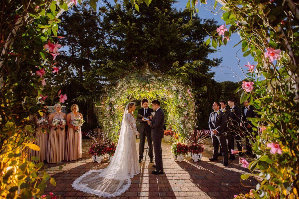 Ceremony / Alyson & Gary / The Estate at East Wind / Kate Neal Photography