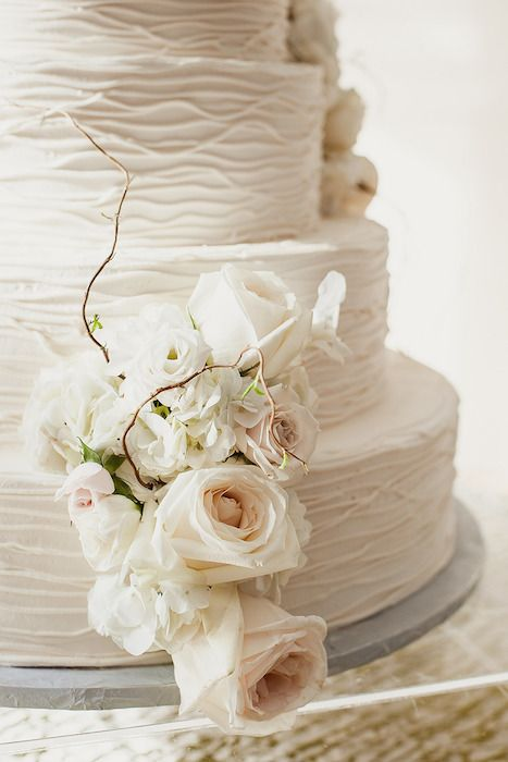 intimate wedding cakes wedding amp blossom nyc luxury wedding florist 16469