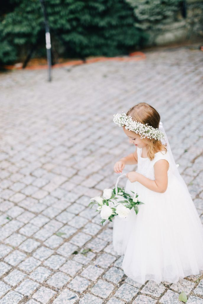 Jen & Adam - Flower Girl - Babys Breath - New York Botanical Garden - Joseph Lin Photography