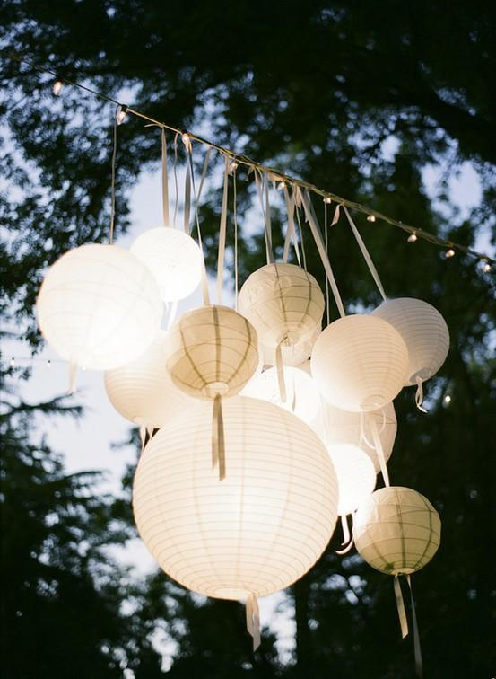 White Chinese Paper Lanterns - Outdoor Wedding Decor - via Weddbook.com