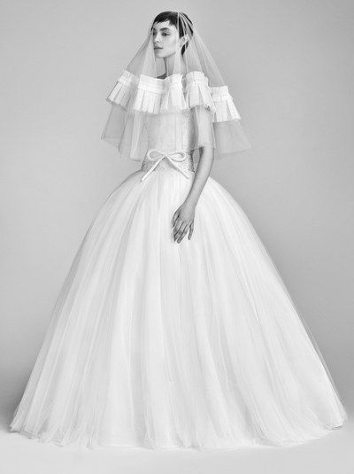 Bridal - Statement Veil - Viktor & Rolf - Spring 18 - via Vogue.com