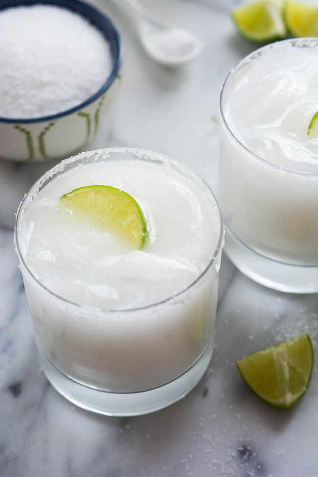 Skinny Coconut Margarita - via With Salt and Wit.com