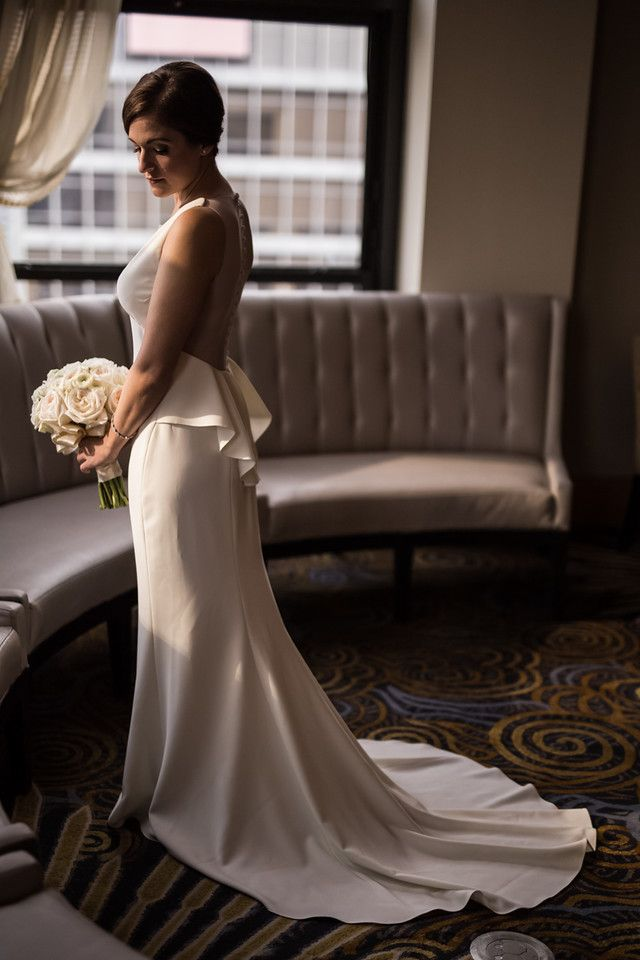 Julie & Matthew - Garden Rose Ranunculus Bouquet - Manhattan Penthouse - by Jayd Jackson Photography